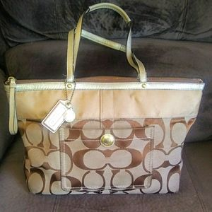 2008 COACH Signature Stripe Tote Bag